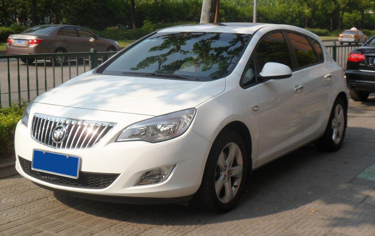 SAIC-GM Excelle GT